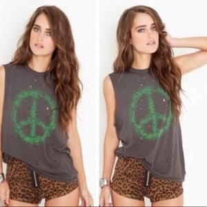 Unif Weed Peace sign shirt